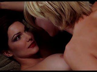 Naomi watts e laura harring nude lesbo cena em mulholland