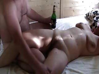 marido filma esposa