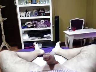 pinto de cera feminina e bolas com ereção