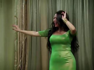 atriz egípcia dançando antes do coito.mp4