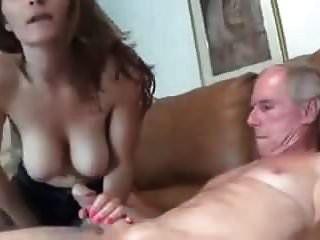 peituda molly jane masturba sogro