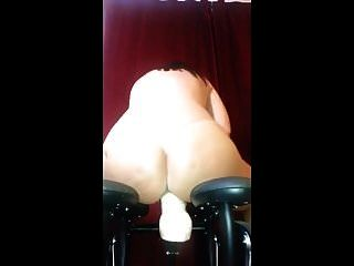dildo brincar com sua nova cadeira