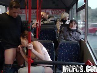 mofos mofos b lados bonnie público sexo cidade ônibus filmagens