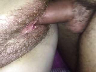 Creampie corno na minha buceta peluda esposa
