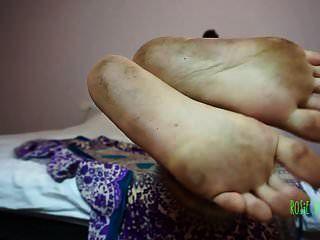 pés sujos pé fetiche pé femdom dom ébano solas pé joi