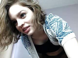 buceta peluda menina na webcam spank2