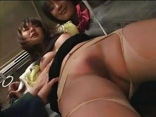 alunas swooped milf em ônibus