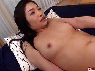 ryu enami recebe pau enldess para arruinar sua vagina