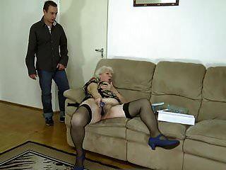norma vovó está de volta ao pornô