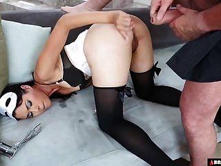 inserções de bunda e anal áspero para gata asiática