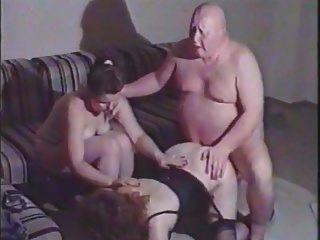 homem gordo feio fode mulher madura