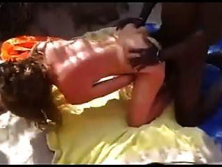 praia de nudez minúsculos seios bbc foda audiência assistindo