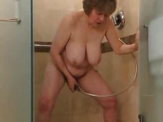 veja este gilf sair no chuveiro