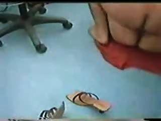 karachi dentista fode paciente