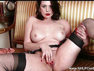 milf tira brinquedos de lingerie retrô buceta de orgasmo em nylon