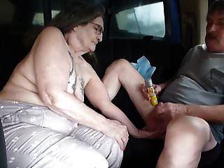 Eu sou prostituta gis levou zumbido para banco de trás do caminhão para jac-lo fora