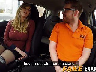 skank curvy uk madison stuart bateu no carro da escola de condução