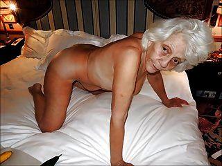 mulheres encantadoras com cabelos grisalhos 2