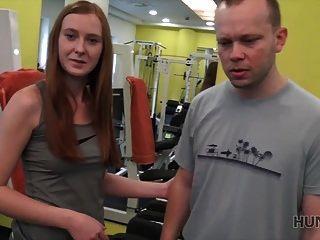 hunt4k. Eu vou treinar sua namorada muito forte!