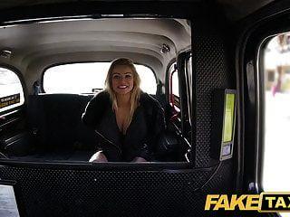 táxi falso apenas um casaco sem cueca foda