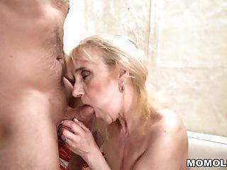 buceta velha da mulher madura cheia de pau jovem