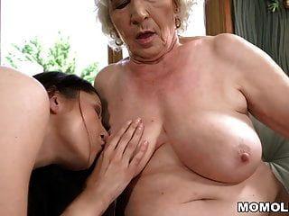 velha norma e sua amiga lésbica mais jovem