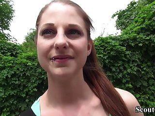 pia de scout alemão (18) seduzir foda anal no casting de rua