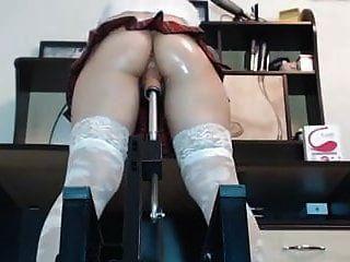 apertado ass tartan saia máquina fodido fingerring e esguicho