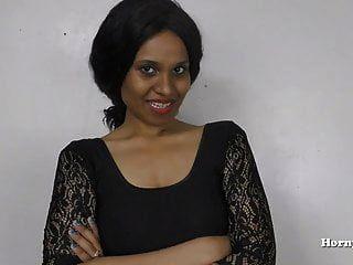 menina indiana faz xixi para seu cunhado roleplay em hindi