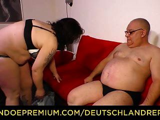 relatório deutschland gordinha madura com grandes mamas desossada