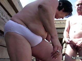 Extrema velho alemão maduro seduzir para foder ao ar livre por estranho