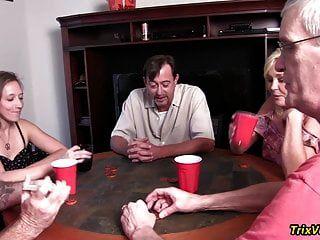 a festa de poker do bairro